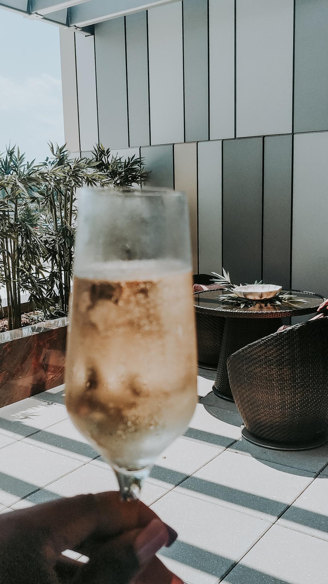 champagne glass | alwayscreatingblog.com
