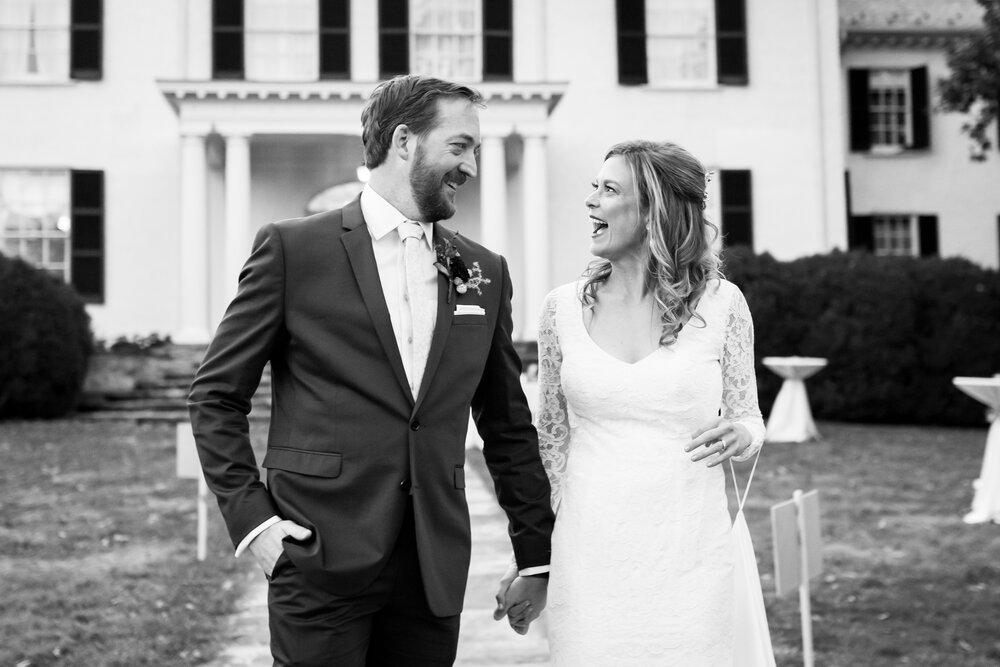 bride-and-groom-150.jpg